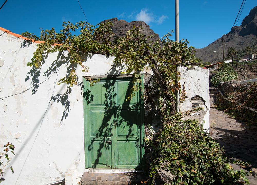 Raue Schönheit, kleine Orte, bäuerliche Infrastruktur - das erwartet Besucher in La Gomera.
